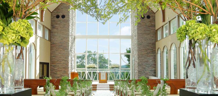 メインのハーモニックホール他屋外で3つの挙式会場をご用意可能