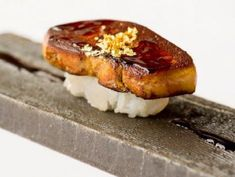 当会場自慢のフォアグラ寿司
