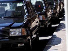 タクシー送迎&駐車場完備で安心