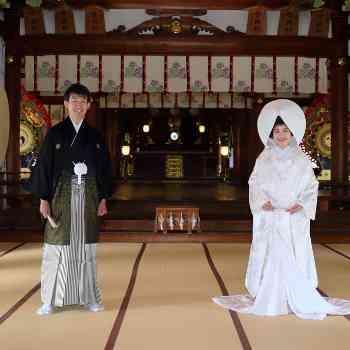 登録有形文化財の本殿で神前挙式