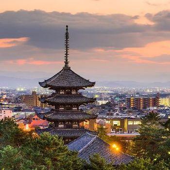 京都らしさ溢れる東山の中心に佇む