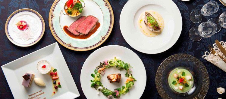 会場隣接のキッチンで創る婚礼メニューはシェフのこだわり満載
