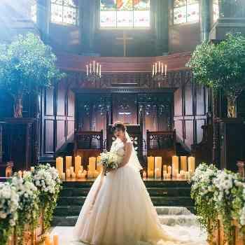 純白のドレスが最も映える大聖堂