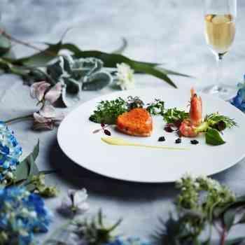 ホテルクオリティの美食コース