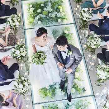 先輩花嫁から人気の天空のチャペル
