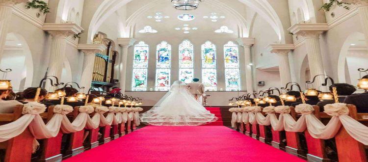 1日2組限定の完全貸切空間で叶う上質な大聖堂ウェディング