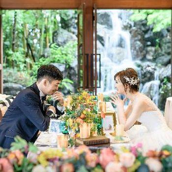 空・緑・水を感じる別荘での結婚式
