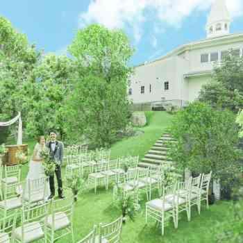 空と緑溢れる邸宅&広大なガーデン