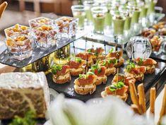 家族婚・少人数専用会場も完備