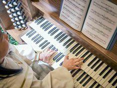 フルートやオルガンの生演奏