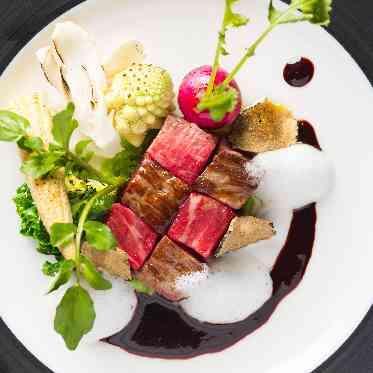 青山フェアリーハウス シェフが惚れ込んだお料理の味と彩を引き立てる鎌倉野菜