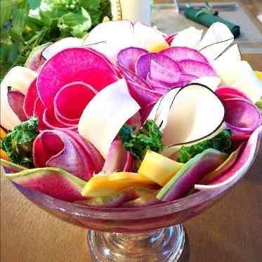 青山フェアリーハウス ワインもこだわってチーズに入刀しておもてなし