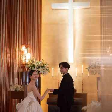 覚王山ル・アンジェ教会 階段を登った先にあるチャペルの外観。招かれた方のみ見ることが出来る隠れ家