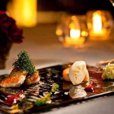 覚王山ル・アンジェ教会 美味しいお料理を親しい方と過ごす特別な時間の彩に
