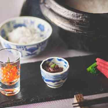 覚王山ル・アンジェ教会 土鍋で炊いたご飯にトッピングを好みで