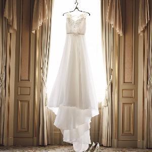 覚王山ル・アンジェ教会 最新のドレスを試着