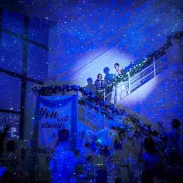 LUMIVEIL TOKYO(ルミヴェール東京) 【スポットライト】主役感たっぷりのスポットライト入場でスター気分に浸って