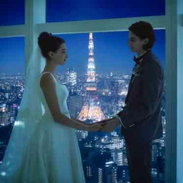 LUMIVEIL TOKYO(ルミヴェール東京) チャペルから東京タワー(R)が見え、誓いのシーンをいっそう印象的に魅せる