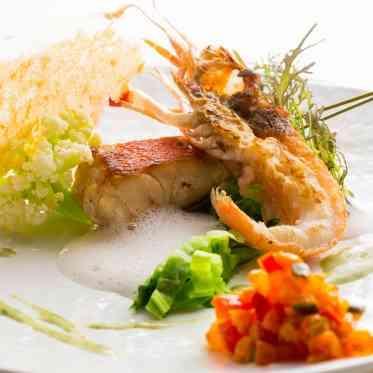 LUMIVEIL TOKYO(ルミヴェール東京) 旨味を凝縮させたハイプレッシャーオマール海老。こだわりの調理法で仕上げる逸品