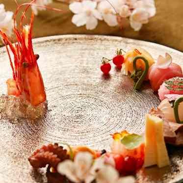 LUMIVEIL TOKYO(ルミヴェール東京) 結婚式後もレストランのご利用が可能。記念日や家族のお祝いごとは思い出の場所で