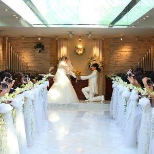 ベルヴィ武蔵野 【先輩カップルWedding】ゲストの前で再プロポーズを行う人前式