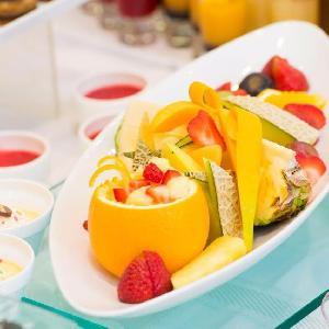 ベルヴィ武蔵野 デザートブッフェにはフルーツもあります☆