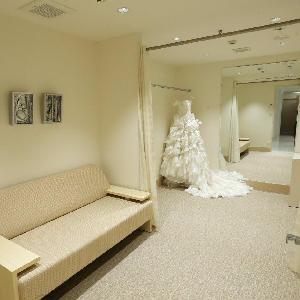 ベルヴィ武蔵野 完全個室になているので家族でワイワイ衣装合わせも可能☆