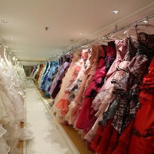 ベルヴィ武蔵野 ここには全部収まりきらないぐらいたくさんの衣装を用意☆