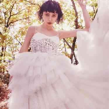 アルモニーアッシュ ドレスショップは豊富なラインナップ