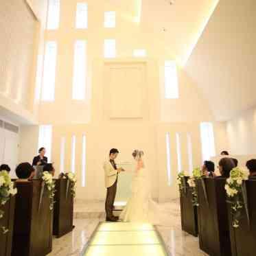 Brides Scene ST3 (エスティーズ)  ゲストの皆さんに見守れながら