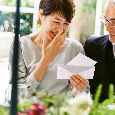 アーカンジェル迎賓館 宇都宮 手紙で感謝を伝えるのも結婚式ならではの演出