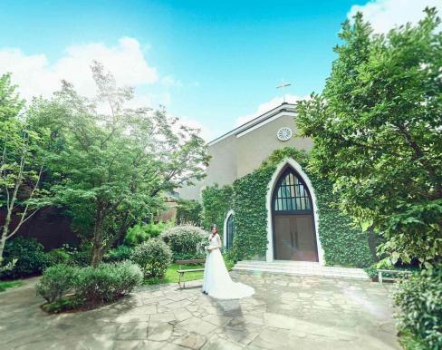 南青山サンタキアラ教会の画像1
