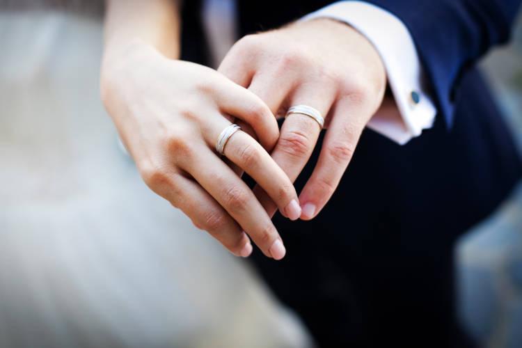 5万円台以下の結婚指輪一覧あり!安い結婚指輪の探し方を徹底解説