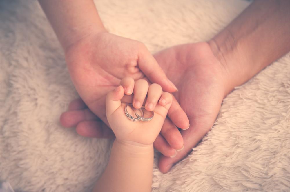 産後の結婚式なら子どもが1歳前後!パパママ婚を成功させるポイント