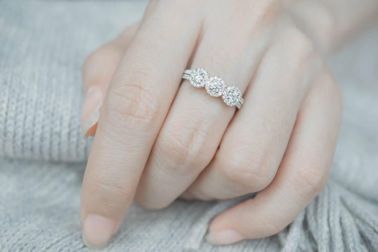婚約指輪,指
