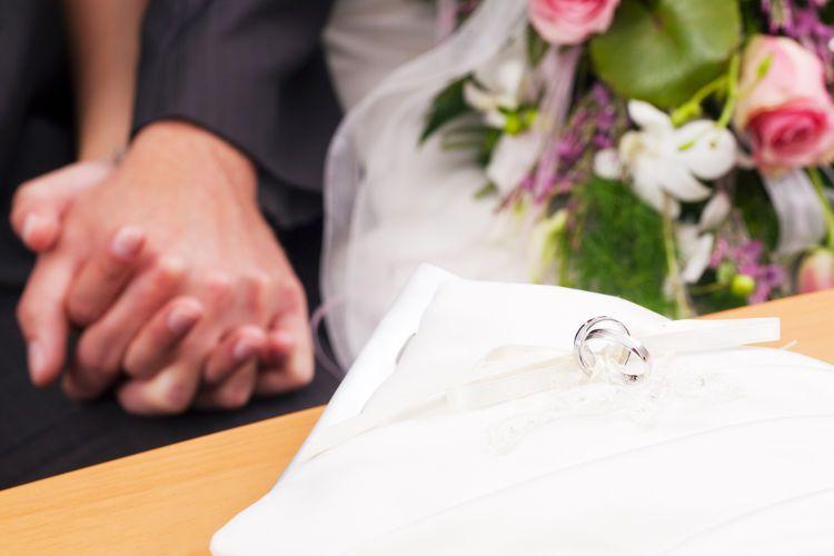 結婚式準備の平均期間はどのくらい?本格的には3~4ヶ月前から!