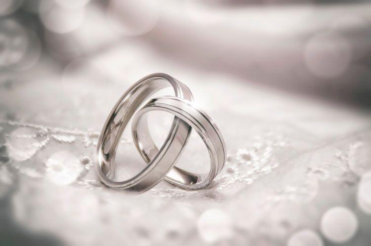 先輩花嫁77.0%が選んだ!結婚指輪にプラチナが選ばれる理由5選