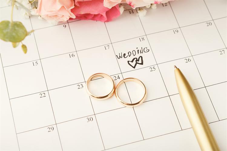 結婚式が安い時期は夏と冬!人気の春秋でも相場より安くする方法7選