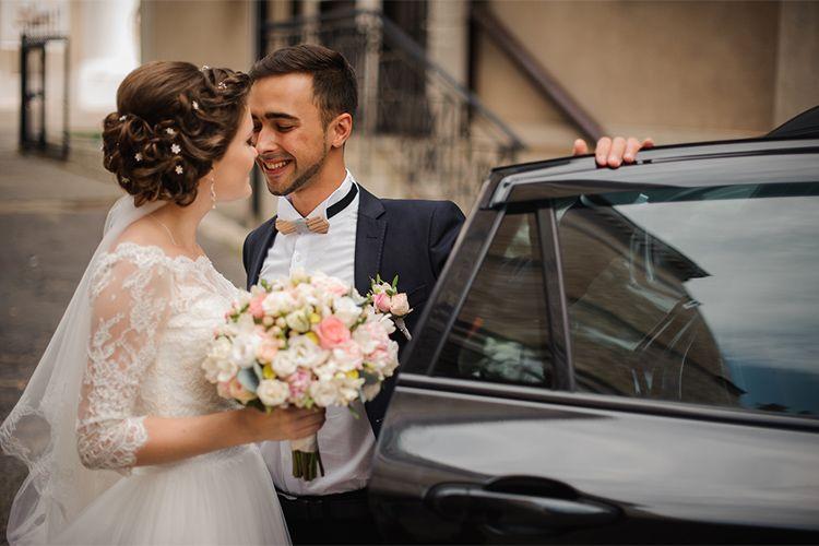 結婚式のお車代の相場まとめ!失礼のないように準備するポイント