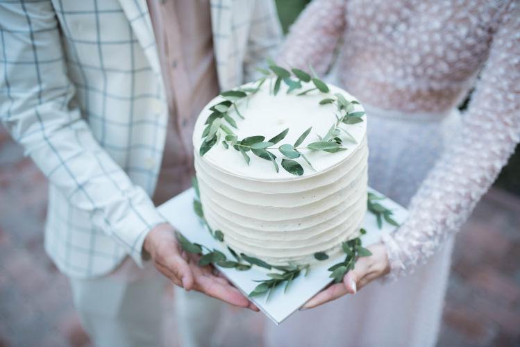 ウエディングケーキのトレンドデザインまとめ!基礎知識&演出アイデア6選