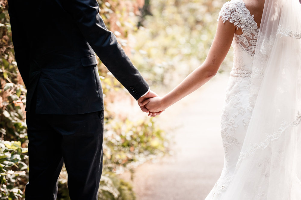 オンライン結婚式が今注目?式場探しから当日まで流れを徹底解説