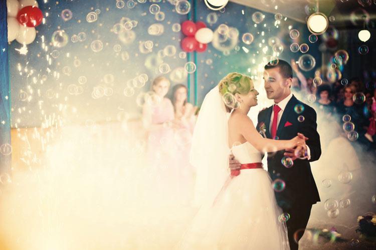 【コロナ禍の結婚式】安心・安全な結婚式をするポイントは?結婚式ガイドラインまとめ