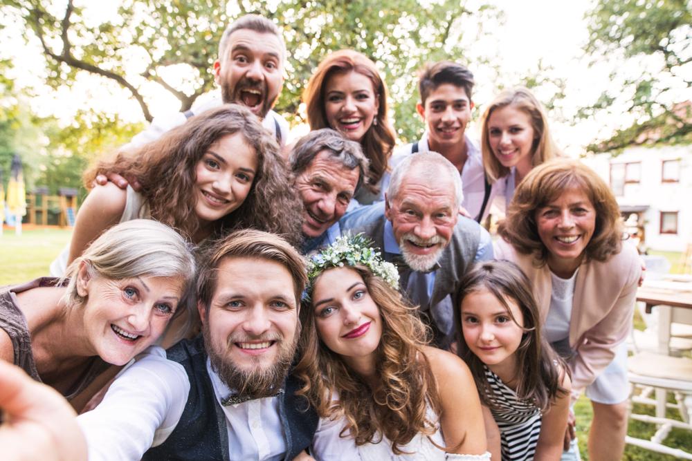 家族・親族のみの結婚式に注目!費用から成功のポイントまで徹底解説