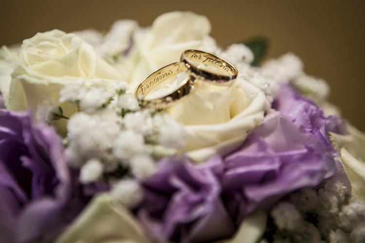 後悔したくない人必見!結婚指輪に入れる「刻印」アイディア集